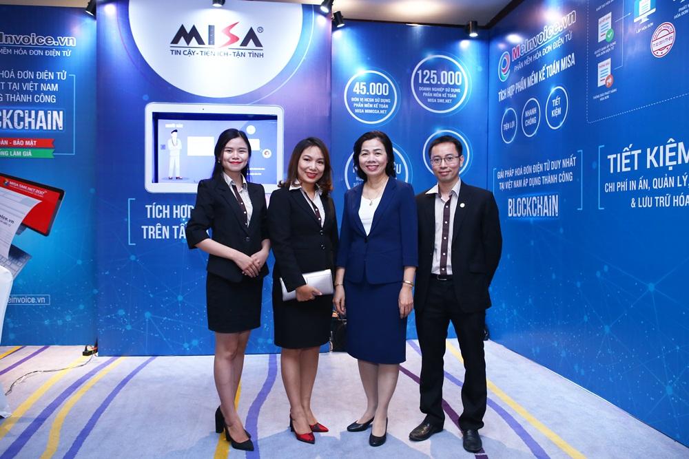 Bà Đinh Thị Thúy - Tổng Giám đốc Công ty Cổ phần MISA