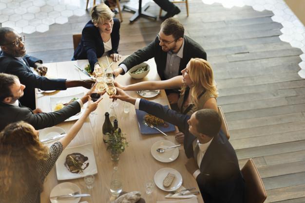 Hóa đơn lớn mỗi ngày khiến nhà hàng gặp nhiều khó khăn và bất cập