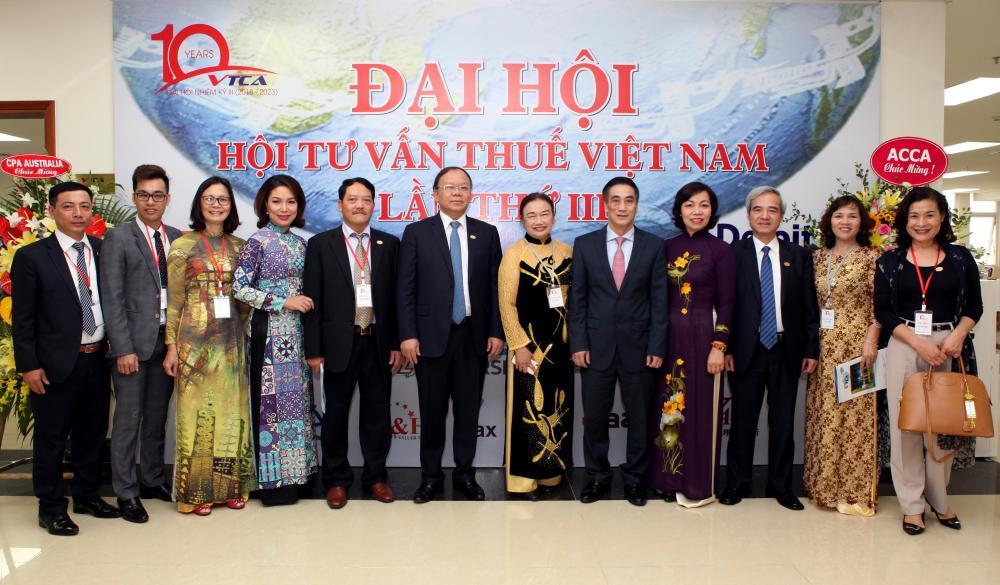 TGĐ Công ty Cổ phần MISA - Đinh Thị Thúy được Bầu vào Ban chấp hành Hội tư vấn thuế Việt Nam VTCA nhiệm kỳ III (2018-2023).