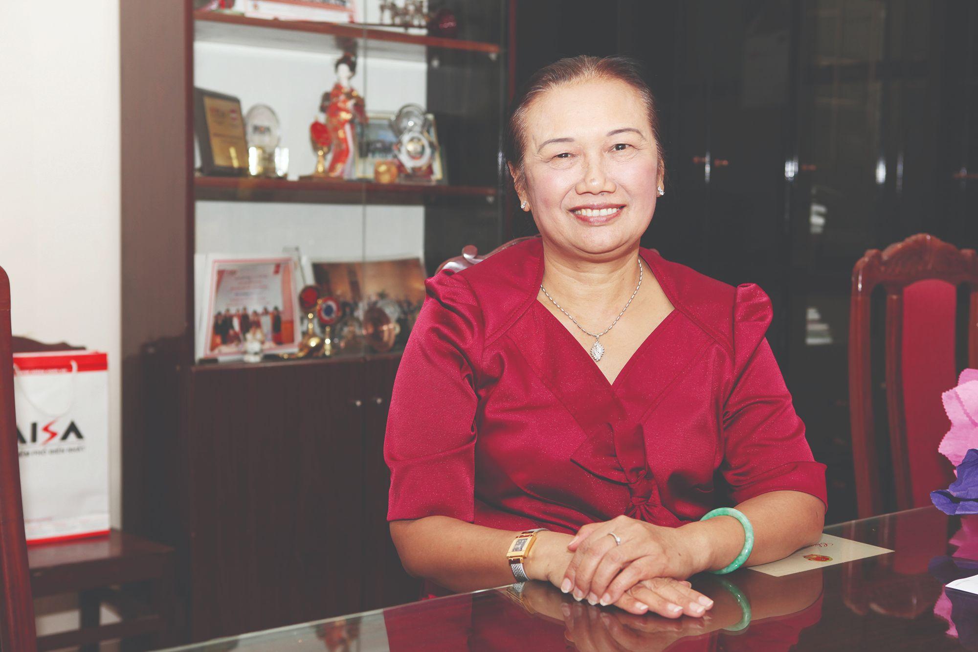 Bà Nguyễn Thị Cúc - Chủ tịch Hội tư vấn Thuế Việt Nam